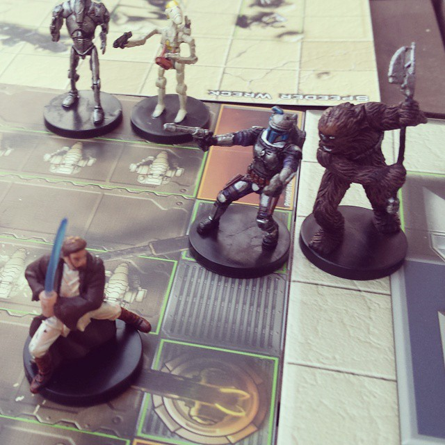Estas no son las minis que están buscando. Muy interesante este Star Wars Miniatures Game, al estilo de Heroclix. #juegosdemesa #partidadefinde