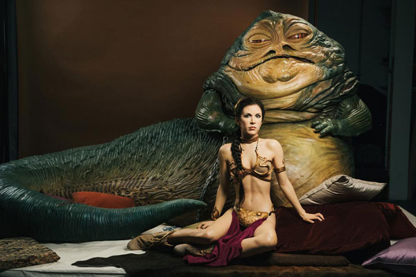 Jabba con la princisa Leia Organa