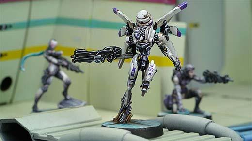 Miniatura de los Garuda Tacbots de Infinity