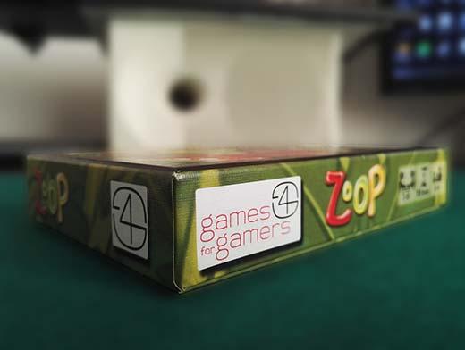 Lateral de la caja de Zoop