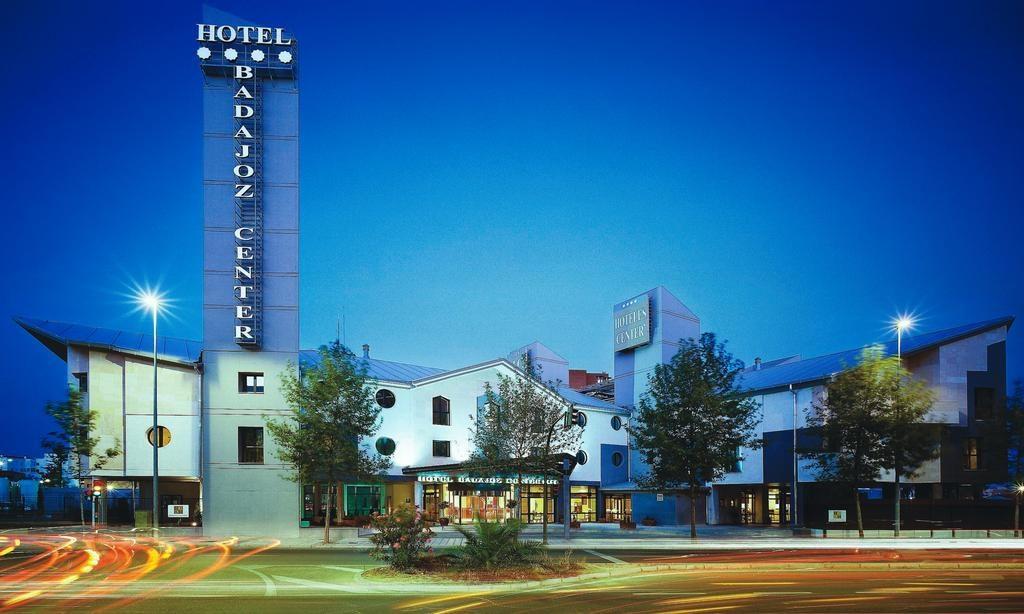 Hotel Bahdajoz center donde se celebra la I Bellota Con