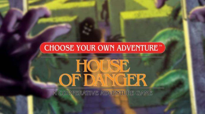 Logotipo del juego de mesa elige tu propia aventura la casa del peligro