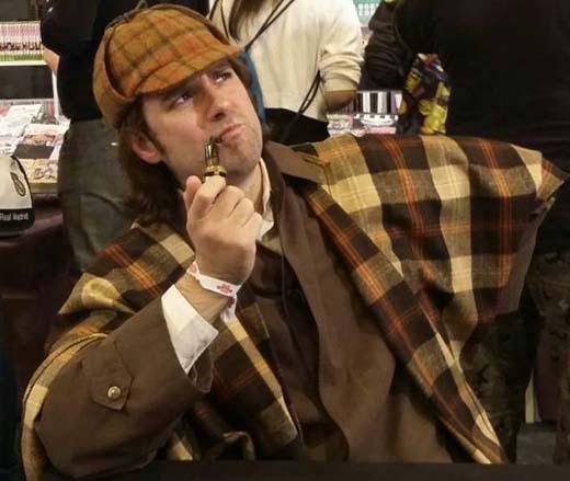 Enrique Dueñas como Sherlock Holmes