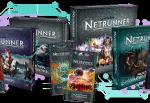Algunos de los productos del juego de cartas Android: Netrunner