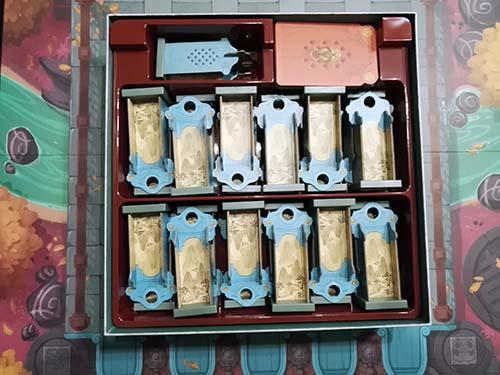 Princesa jing, colocación de los componentes en el inserto de la caja
