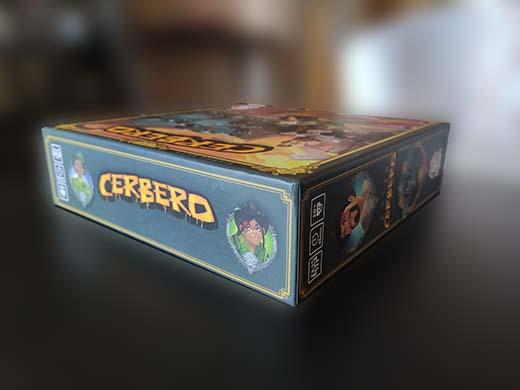 Detalle de la caja de Cerbero