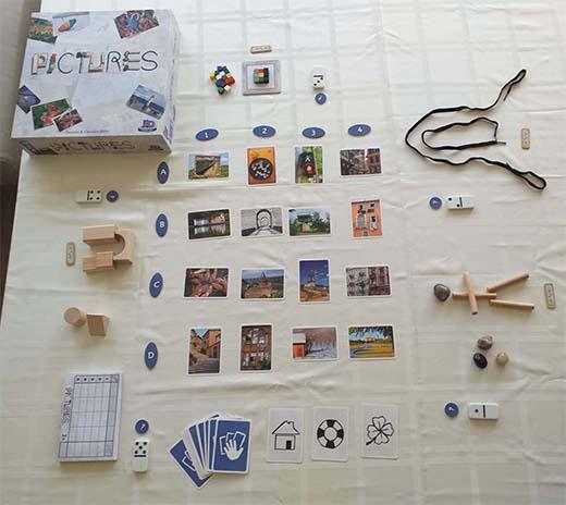 Componentes del juego de mesa Pictures