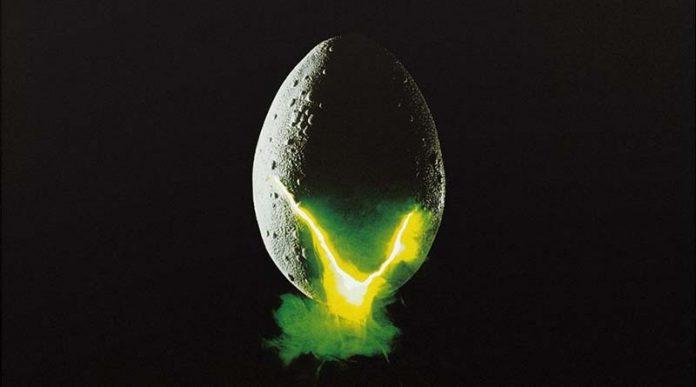 Arte de la portada de Alien Fate of the Nostromo