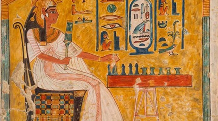 Juego de mesa en Egipto