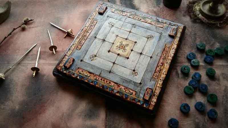juegos de mesa de la antigüedad Morris de nueve hombres