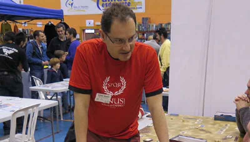 Luis Alvaro Hernandez de la editorial Draco Ideas